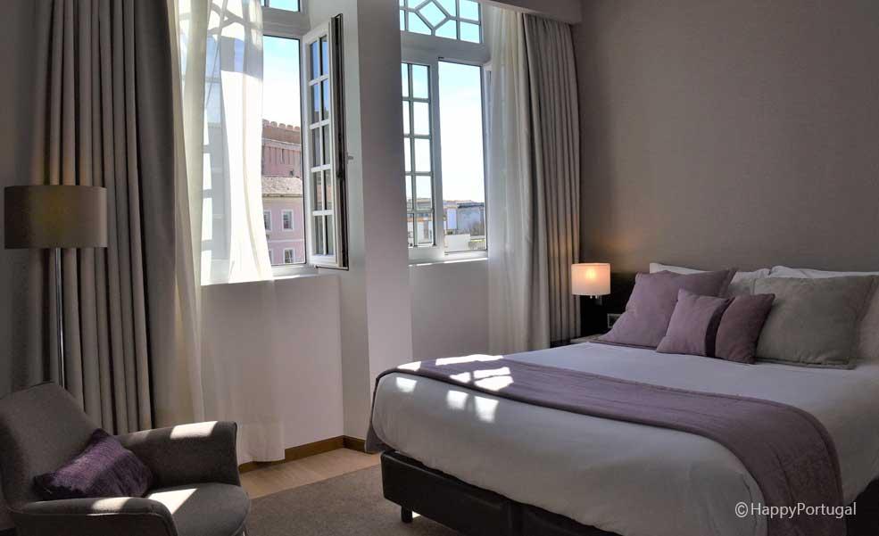 O hotel Aveiro Palace, no coração de Aveiro, Portugal